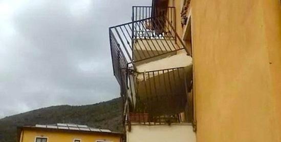 balcone progetto c.a.s.e.